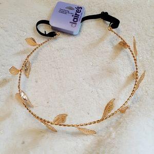 5/$25 NWT Claire's Headband